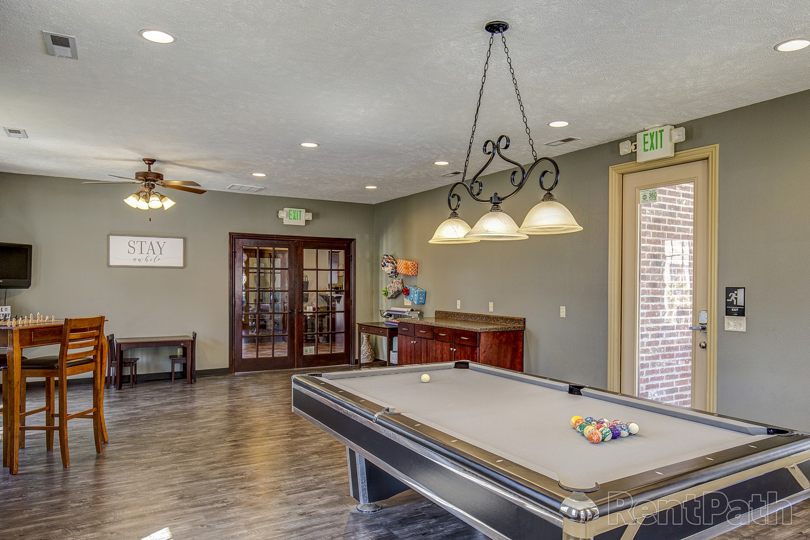 billiards room-resized